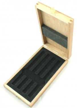 Caja para 4 pinzas MSA 12.399